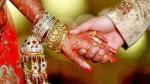 ಮದುವೆಯಾಗಿ, ಮಾಂಗಲ್ಯ, ಆಭರಣಗಳೊಂದಿಗೆ ಪರಾರಿಯಾದ ಮಹಿಳೆ