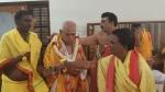ವಿಶ್ವಾಸಮತ: ಕುಮಾರಸ್ವಾಮಿ, ಯಡಿಯೂರಪ್ಪ ದೇವಸ್ಥಾನ ಪ್ರದಕ್ಷಿಣೆ