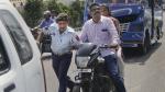 ಬೈಕ್ ಸವಾರರಿಗೆ ಪೊಲೀಸರಿಂದ ನೆಮ್ಮದಿ ನೀಡಿದ ಹೈಕೋರ್ಟ್ ಆದೇಶ