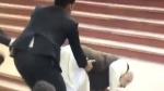 ಗಂಗಾ ತೀರದಲ್ಲಿ ಮುಗ್ಗರಿಸಿ ಬಿದ್ದ ಮೋದಿ: ವಿಡಿಯೋ ವೈರಲ್