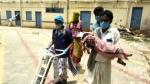 ಸ್ಟ್ರೆಚರ್ ಇಲ್ಲದೇ ಆಕ್ಸಿಜನ್; ಹುಬ್ಬಳ್ಳಿ ಕೀಮ್ಸನಲ್ಲಿ ಮಗುವಿನ ಆಕ್ರಂದನ