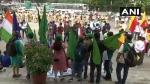 ಬೆಂಗಳೂರು ಏರ್ಪೋರ್ಟ್ಗೆ ಮುತ್ತಿಗೆ:ಕರವೇ ಕಾರ್ಯಕರ್ತರು ವಶಕ್ಕೆ