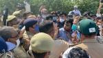 Breaking: ಹತ್ರಾಸ್ಗೆ ಹೊರಟಿದ್ದ ರಾಹುಲ್, ಪ್ರಿಯಾಂಕಾ ಬಂಧನ