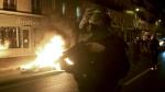 ಫ್ರೆಂಚರ ನೆಮ್ಮದಿಗೆ ಬೆಂಕಿ ಹಚ್ಚಿದ ವೀಡಿಯೋ, ಪೊಲೀಸರು ಸಸ್ಪೆಂಡ್