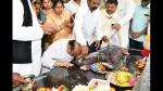 ತಂದೆ-ತಾಯಿ ಸಮಾಧಿಗೆ ಗೌರವ ಸಲ್ಲಿಸಿದ ಮುಖ್ಯಮಂತ್ರಿ ಬಸವರಾಜ ಬೊಮ್ಮಾಯಿ