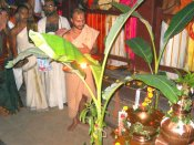 ಸವಣೂರಲ್ಲಿ ಸತ್ಯಾತ್ಮತೀರ್ಥರಿಂದ ನೀರು ತುಂಬುವ ಹಬ್ಬ
