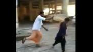 ವಿಡಿಯೋ: ಶಬರಿಮಲೆ ಅಯ್ಯಪ್ಪ ದರ್ಶನಕ್ಕೆ ಬಂದಿದ್ದ ಮಹಿಳೆ ಮೇಲೆ ಪೆಪ್ಪರ್ ಸ್ಪ್ರೆ ದಾಳಿ!