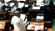 'ಗಡಿಪಾರು ಮಾಡಬೇಕು' ಎಂದು ಆಗ್ರಹಿಸಿದ ವಿಪಕ್ಷ ನಾಯಕ ಸಿದ್ದರಾಮಯ್ಯ
