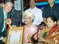 Prakash Rao Payyar felicitated in Sharjah
