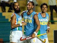 Indian hockey players revolt over unpaid dues