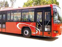 Volvo bus kicks up between Mangalore-Manipal