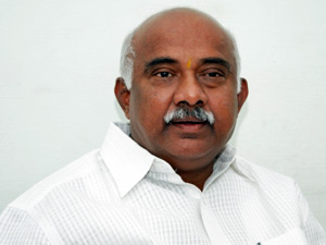 MP H Vishwanth takes on BSY and HDK