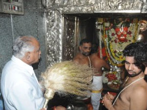 bjp-leadership-bsy-prays-lord-subramanya-bangalore