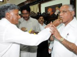 HC grants bail to V Somanna and Yeddyurappa