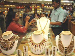 import-excise-duties-on-gold-rised-price-hiked