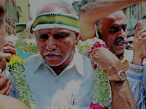bsy-ready-to-strike-bjp-high-command