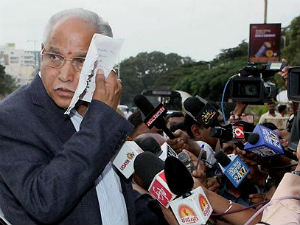 Karnataka Cbi Enquiry No Escape Route For Yeddyurappa