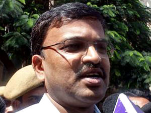 special-escort-security-to-cbi-lakshminarayana