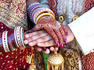 cheater-sukumar-marries-8-held-in-madikeri