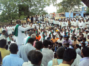 Farmers protest against Nirani