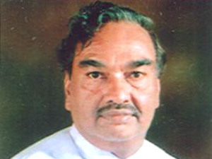 eshwarappa-surfaces-as-3rd-candidate-for-cm-post