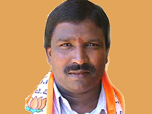 sullia-mla-angara-may-follow-haladi-resignation
