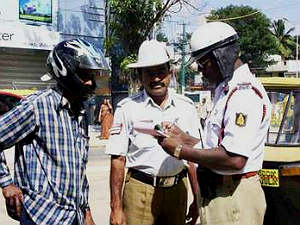 bangalore-law-and-order-police-handle-traffic-duty
