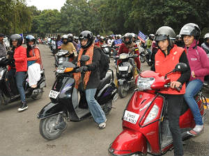 helmet-must-for-pillion-riders-in-goa-new-delhi