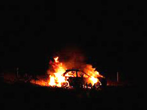 us-hyderabad-5-techies-burnt-alive-in-car-crash