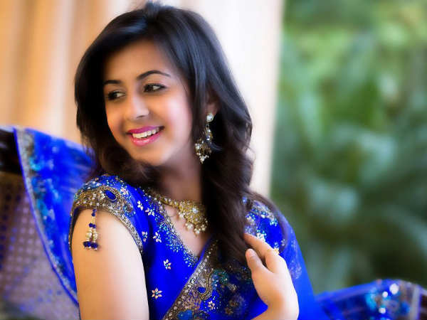 sanjjanaa sister nikki to debut in kannada film ajith