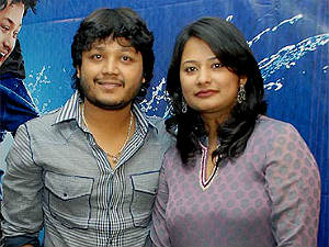 annada-actor-golden-star-ganesh-wife-shilpa-to-join-bjp
