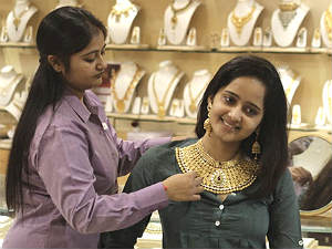 gold-prices-on-may-7-across-6-indian-cities