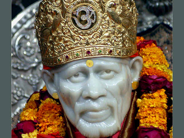 shirdi-saibaba-temple-crosses-r-1009-cr-gross-in-4-year