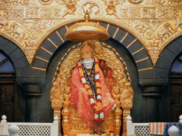 NRI based in US donates USD 25,000 to Saibaba Sansthan Trust