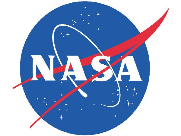 Nasa Celebrates Gravity S Oscar Win Tweets Real Space Pictures 082202 Pg