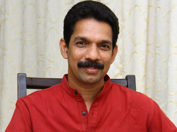 Mangaluru MP Nalin Kumar kateel has decide to take protest against of State government