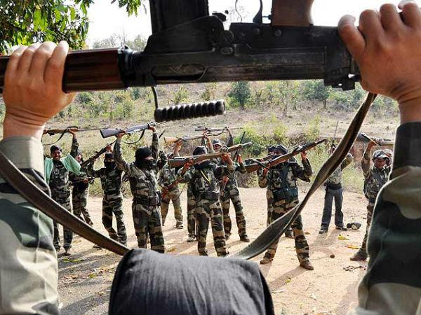 Four Naxals surrender in Chikkamagaluru