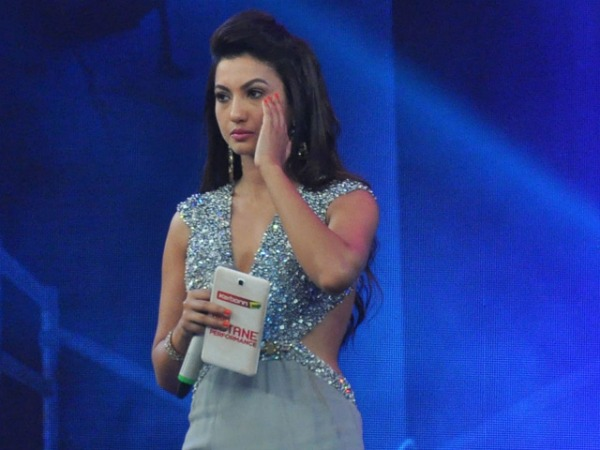 Public Shocked Gauhar Khan Being Slapped For Choice Of Clothes!