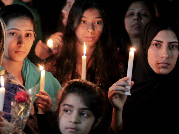 Talibanis threaten to kill Pakistani children again