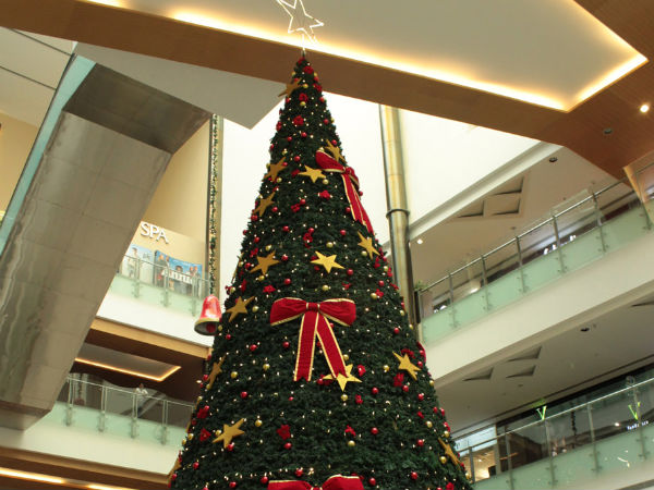 Orion Mall dazzles in Christmas fervour