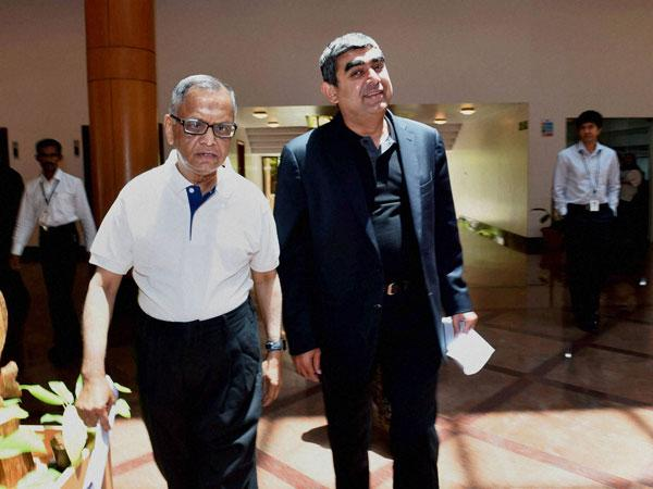 Vishal Sikka gifts iPhone 6s to 3,000 top performers