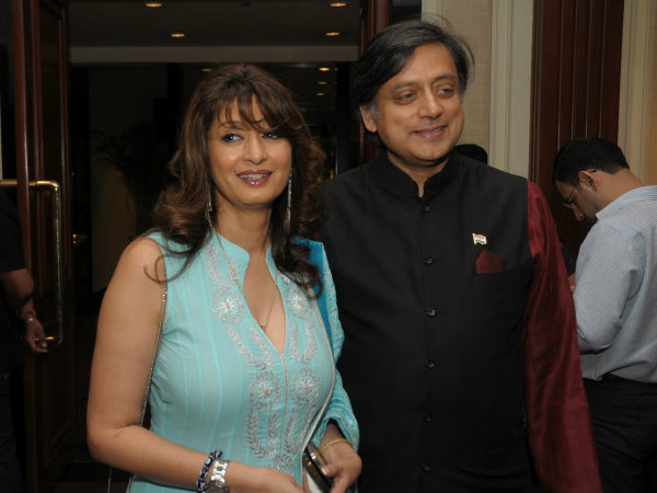 Sunanda Pushkar Murder : Delhi Police Approaches FBI in US