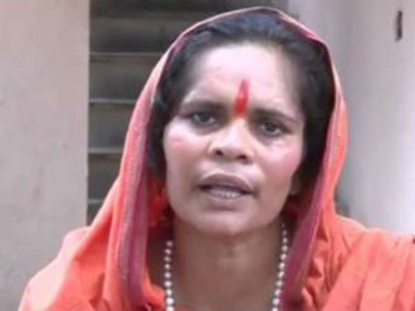 Prayed Rahul gets wife if Cong loses in 2019: Sadhvi Prachi at Gorakhnath temple