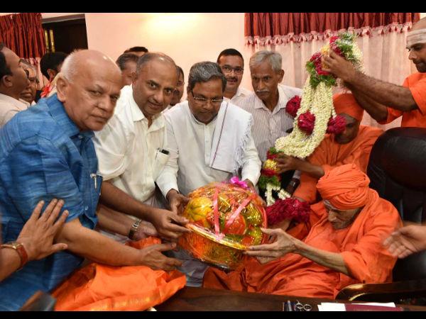 Karataka Govt To Recommend Shivakumara Swamiji Name For Bharat Ratna