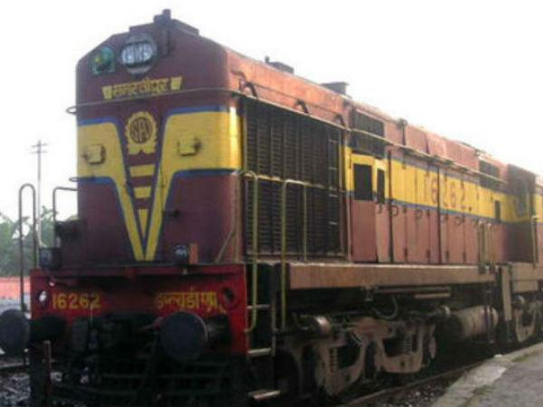 Indian Railways Brings R Mitra App Women S Safety