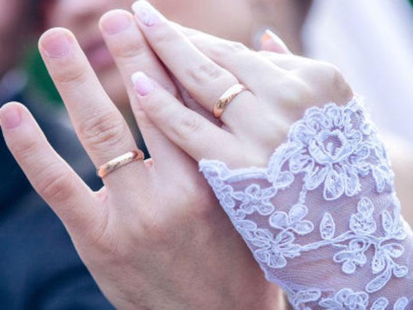 Lesbian Couple At Google Employees Breaks Social Taboos Gets Married