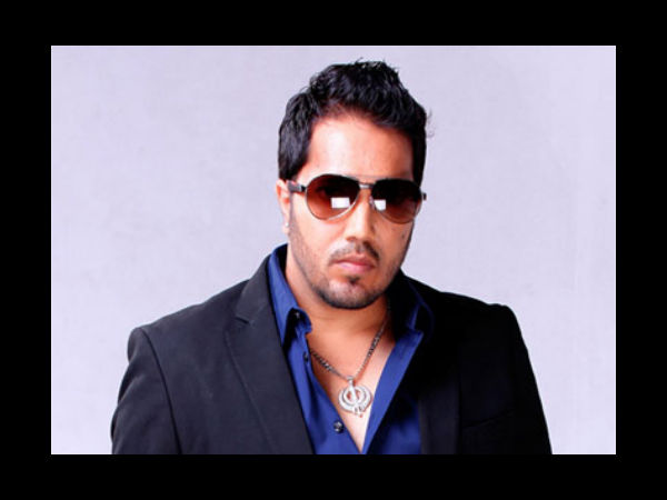 Singer Mika Singh booked on molestation charge