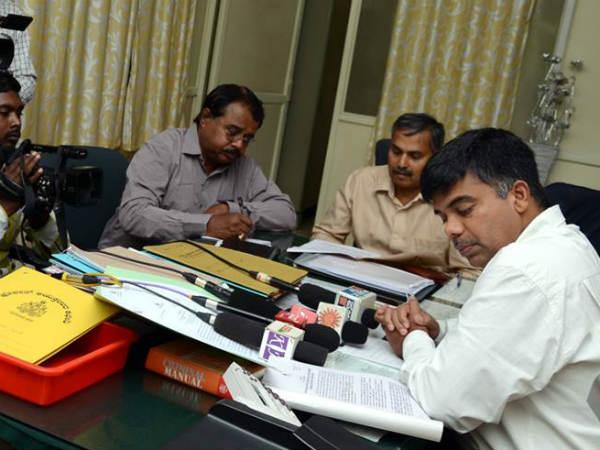 Bengaluru Ccb Police Rides Duplicate Sim Card Network