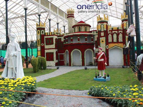 Bengaluru: Tragedy hits Lalbagh flower show; 7-year-old girl dies