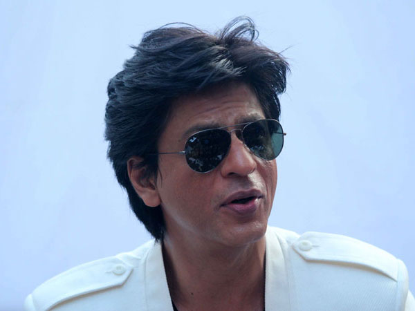 Delhi govt requests SRK, others not to endorse pan masala